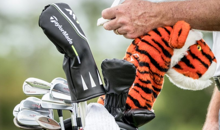Tiger vuelve en el Farmers Insurance